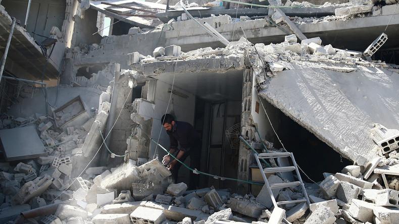 Charles Shoebridge : «Ce sont les rebelles eux-mêmes qui ont vraiment profité de l'attaque chimique en Syrie»