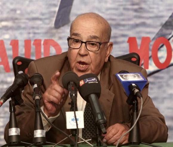 Abdelaziz Bouteflika : « La voix de Redha Malek résonnera à  jamais dans l'histoire de l'Algérie »