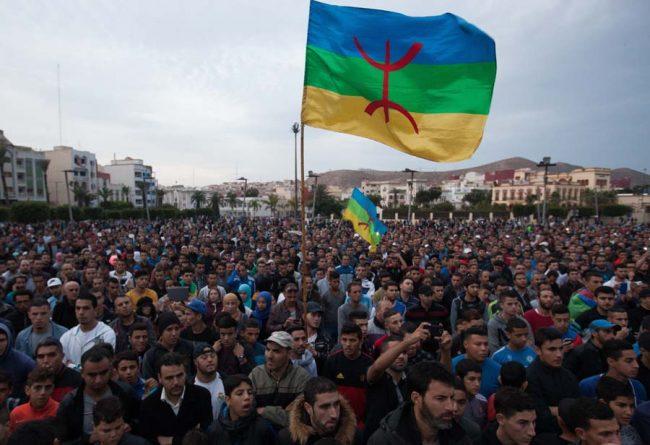 Le Maroc au bord de l'explosion :Une centaine de blessés à Al-Hoceima