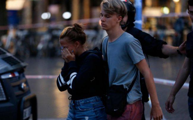 L'attentat à Barcelone, revendiqué par Daech, est perpétré par au moins un suspect d'origine marocaine