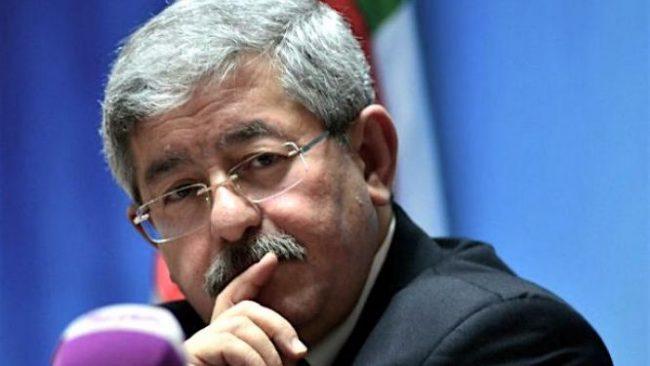 Algérie : Ouyahia réaffirme l'engagement de l'Etat à réactiver le Fonds d'aide aux médias