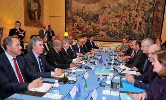 L'Algérie et la France concluent 11 accords de coopération et fixent une nouvelle feuille de route