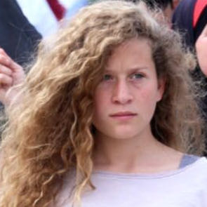 Quand le gouvernement israélien demande à l'armée de censurer un chanteur israélien..