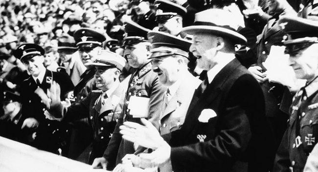 Maria Zakharova : Que faisaient de très estimables lords britanniques chez Hitler?