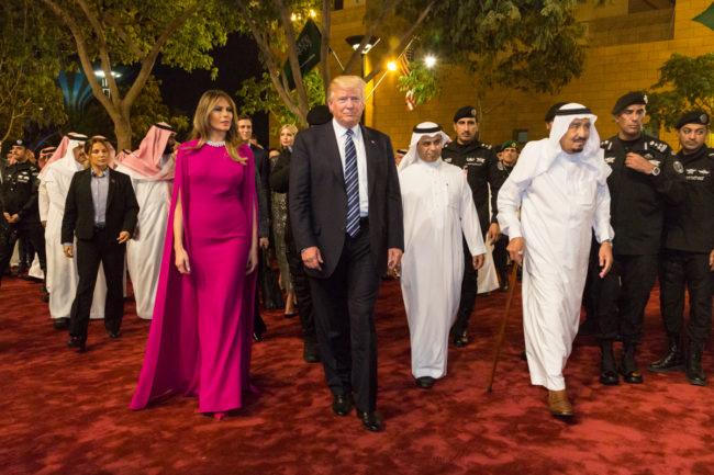 Malgré la crise saoudienne, les États-Unis augmentent les menaces contre l'Iran