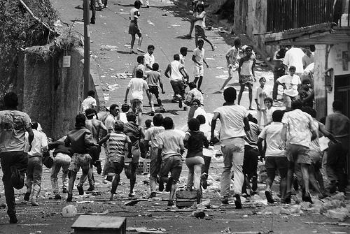 Aux origines de la crise vénézuélienne : Le 'Caracazo', c'était il y a 15 ans…
