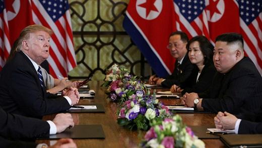 Trump s'accroche aux sanctions et fait échouer le sommet entre les États-Unis et la Corée du Nord
