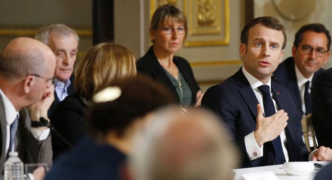Macron et ses « intellectuels » : Un dîner en ville qui passe mal