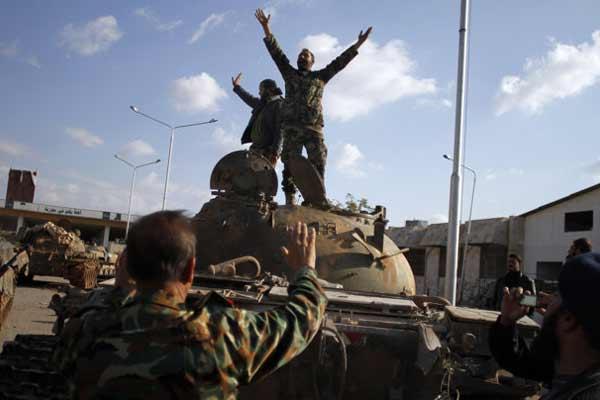 En Syrie, les milices armées par le Pentagone combattent celles armées par la CIA : un casse-tête pour les Américains et leurs alliés
