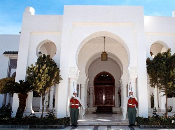 Algérie : remaniement partiel du gouvernement