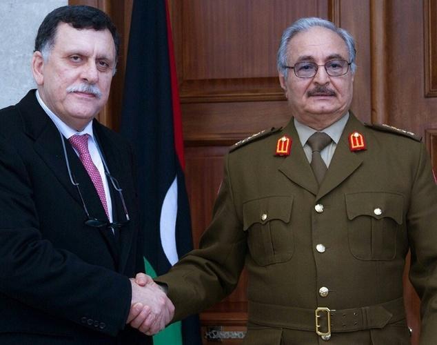 Militaires français en Libye ou l'ambiguïté de la politique de Hollande