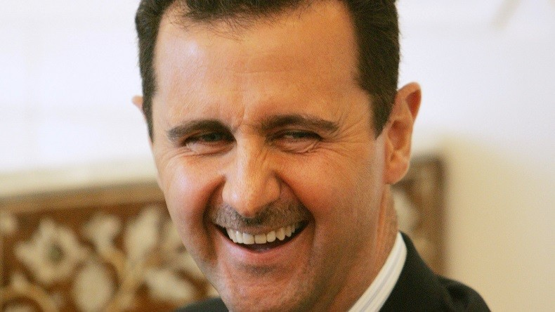 «Assad doit partir !» : quand les détracteurs du président syrien quittent la politique un à un
