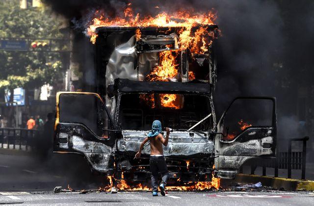 « Jour J » pour le changement de régime par la force au Venezuela