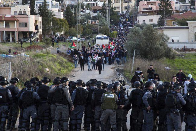 """Le nouveau plan """"de paix"""" de Netanyahou est directement inspiré de l'apartheid de l'Afrique du Sud"""