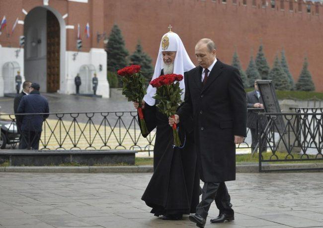 Poutine : « l'idéologie communiste est semblable au christianisme »
