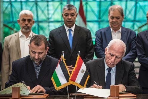Palestine : Beaucoup d'optimisme, peu de confiance dans l'accord Hamas-Fatah