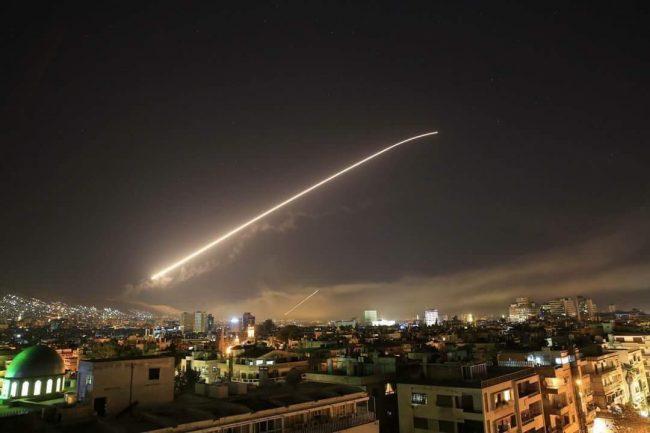 Honte aux USA, à la France et à la Grande-Bretagne qui ont bombardé la Syrie