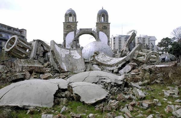 L'« indépendance » du Kosovo : les dilemmes de l'agression de l'OTAN en 1999
