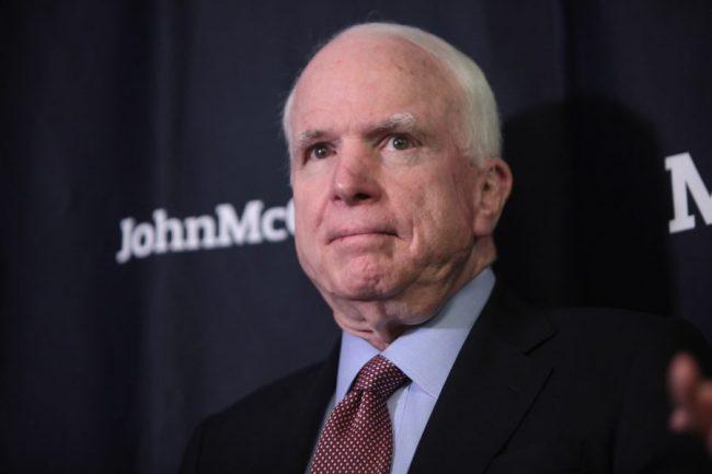 John McCain, retour sur une vie au service de la guerre