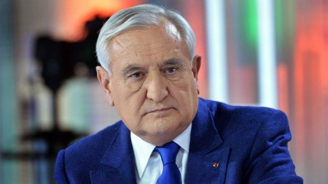 Jean-Pierre Raffarin prévient : «La Tunisie est à la dérive»