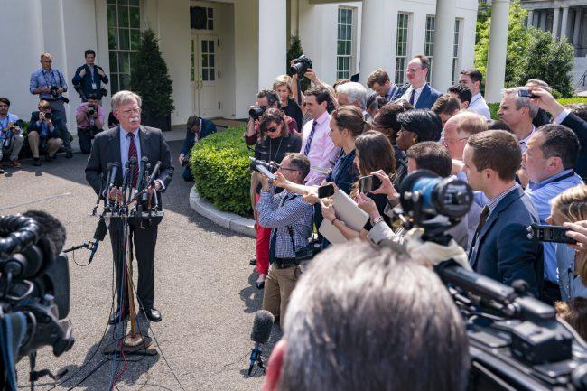 Venezuela : Les fables littéraires de John Bolton