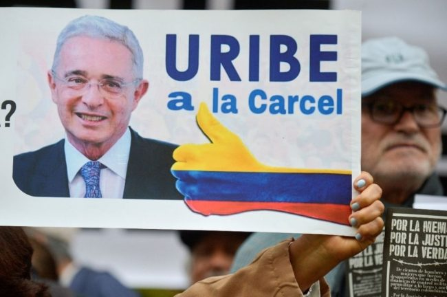 Colombie : Alvaro Uribe, la chute du «président éternel»