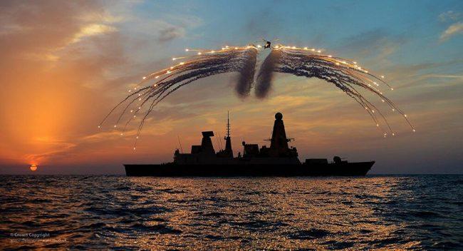 Royaume-Uni : opérations dangereuses en mer Noire