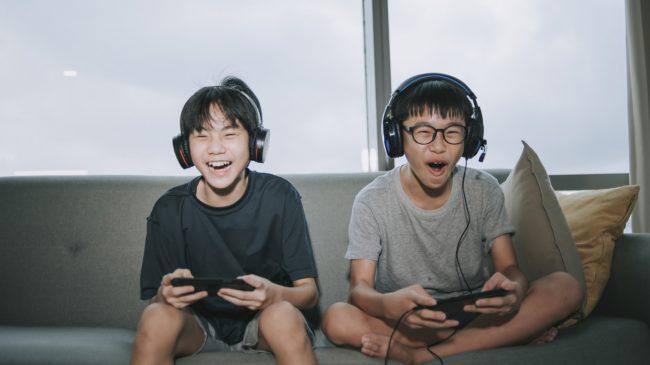 La Chine met des gardes fous à « l'opium spirituel » que sont les jeux en ligne